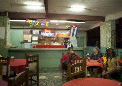 cuban_bars_0087