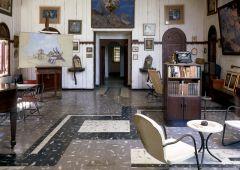 Old library Casa Cabrera