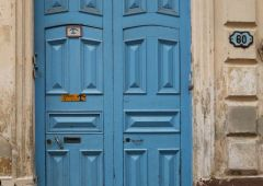 Cubana Production Service Cuba Photo street art door