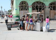 Cubana Production film Service Cuba Habana Photo street