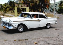 Cubana Production film Service Cuba Habana Photo white car