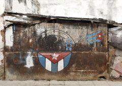 cuba flag street art