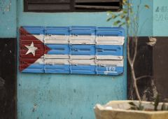 cuban flag at the beach