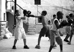 black shite boxing