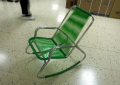 green sun chair