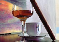 coffe havana club and cigaro