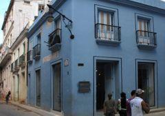 blue house street corner